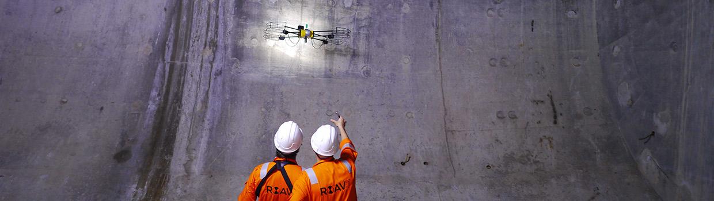 inspection par drone milieu confiné pétrochimie
